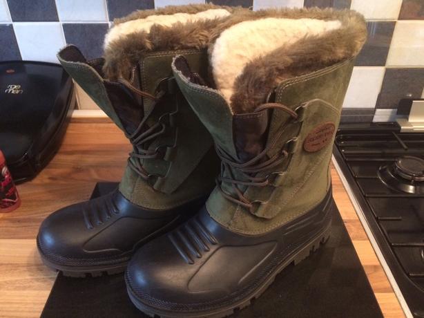 skeetex field boots new size 8