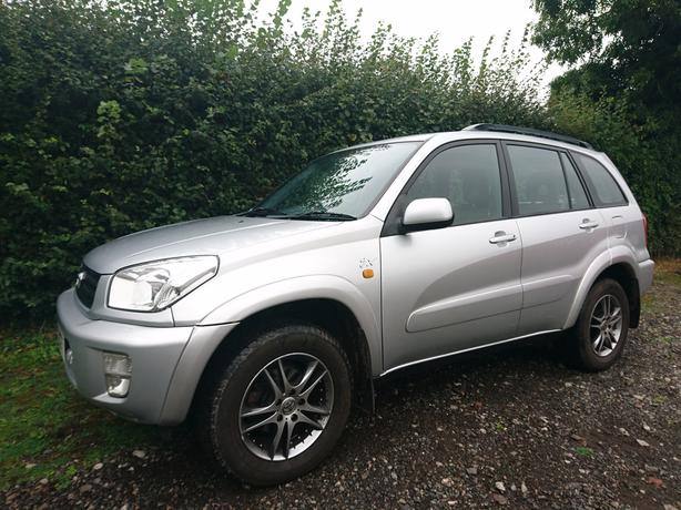 2003, 03 Reg Toyota Rav4 Vx 2.0 4x4 petrol 5 door alloys aircon sunroof