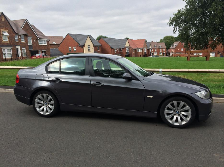 2005 bmw 320d gunmetal grey e90 2 owners 17 alloys 330d msport mercedes smethwick dudley. Black Bedroom Furniture Sets. Home Design Ideas