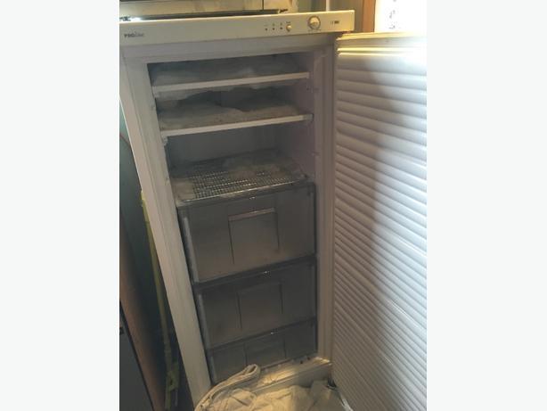 proline upright freezer