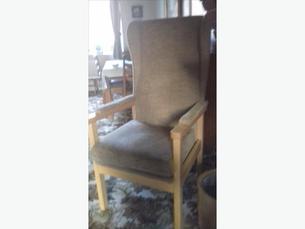 Orthopaedic High Back Chair