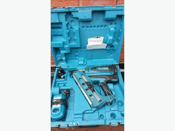 Makita GN900 7.2V First Fix Gas Nailer RRP £420