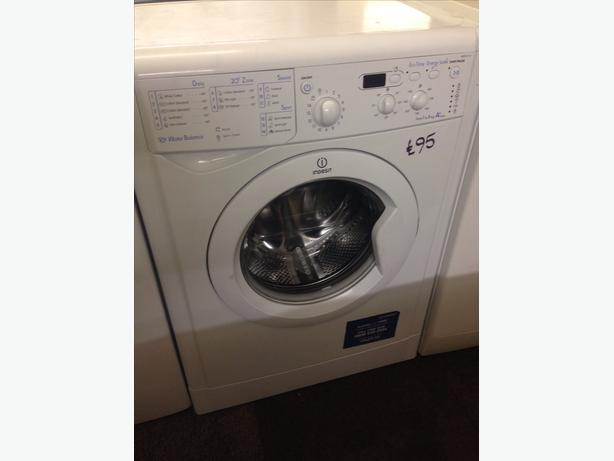 INDESIT WASHING MACHINE028