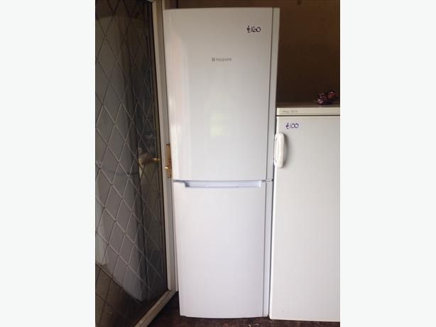 HOTPOINT FRIDGE FREEZER038