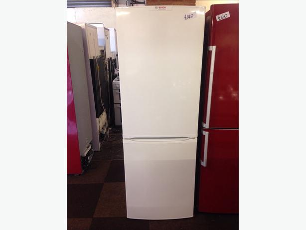 BOSCH FRIDGE FREEZER FROST FREE03