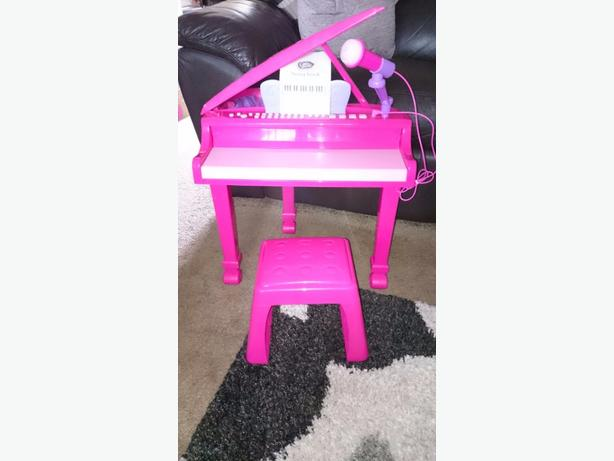 Childrens piano