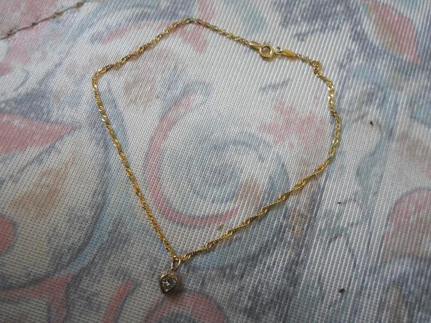 Cubic Zirconia Heart Curb Anklet 9ct Gold