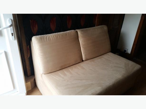 cream bed settee