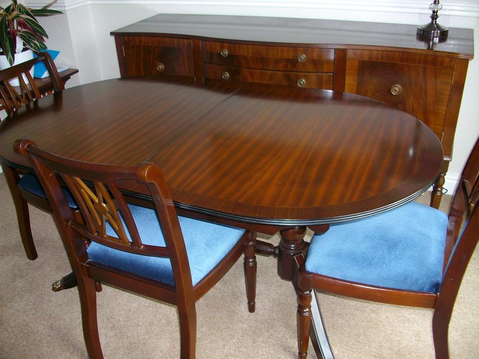Dining Table chairs amp Sideboard Kingswinford Wolverhampton : 105937258934 from www.usedwolverhampton.co.uk size 934 x 700 jpeg 90kB