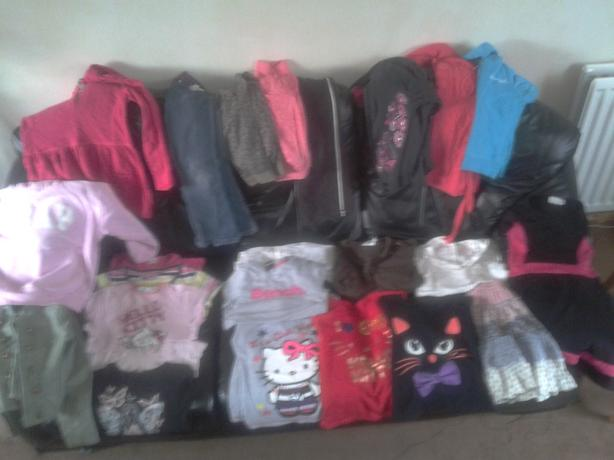 Bundle of Girls clothes. Age 7-8.