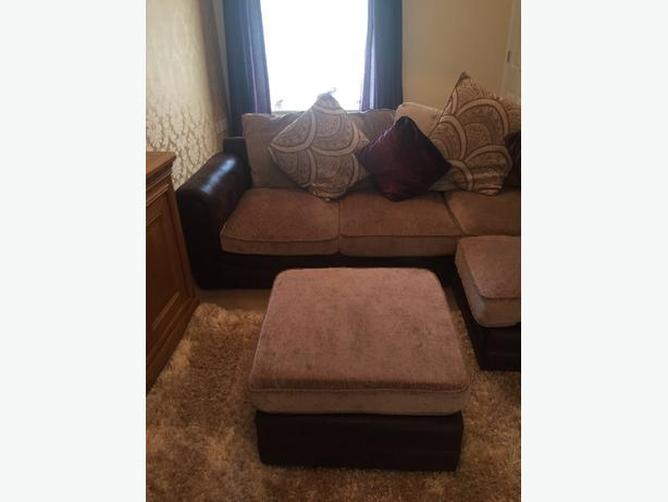 corner settee and foot rest
