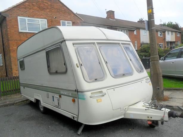 caravan 1995 swift danette 5 berth caravan ( end bedroom)