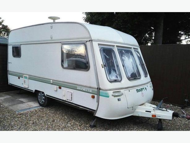 caravan 1995 swift danette 5 berth caravan ( end bedroom)