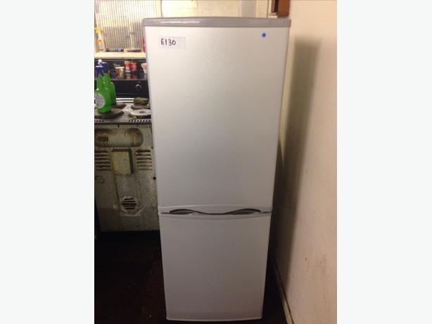 CURRYS ESSENTIALS FRIDGE FREEZER078