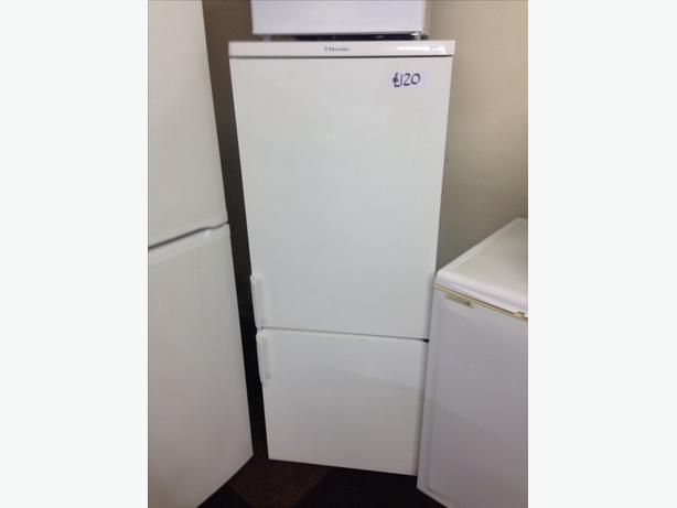 ELECTROLUX FRIDGE FREEZER028