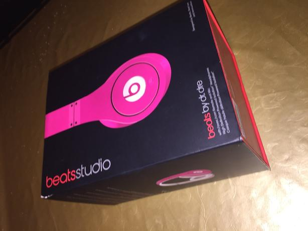 or offers genuine beats studio by dr.dre