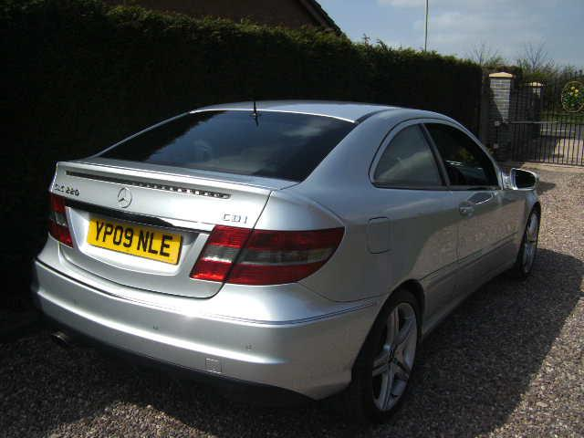 mercedes clc 220 cdi sports auto coupe 2009 sat nav service history outside black country. Black Bedroom Furniture Sets. Home Design Ideas