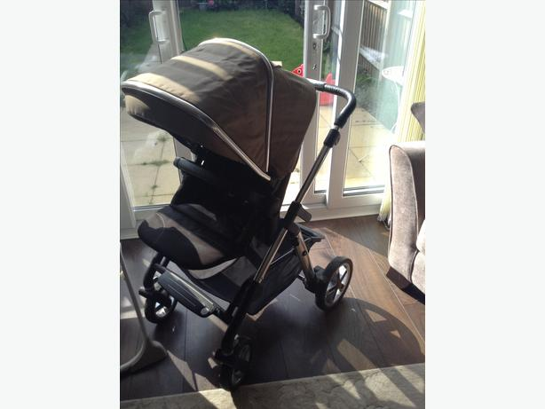 Silver cross pram hardly used only 4 months old