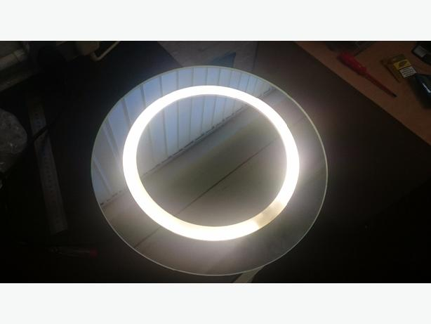 round mirror light with pullcord