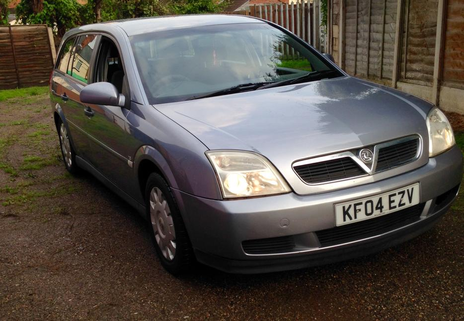 2004 vauxhall vectra estate smethwick dudley. Black Bedroom Furniture Sets. Home Design Ideas