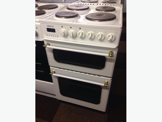 BEKO 50CM DOUBLE OVEN ELECTRIC COOKER02