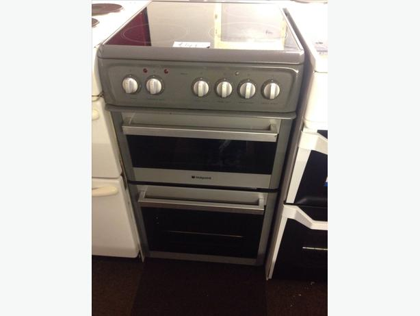 HOTPOINT 50CM ELECTRIC COOKER020