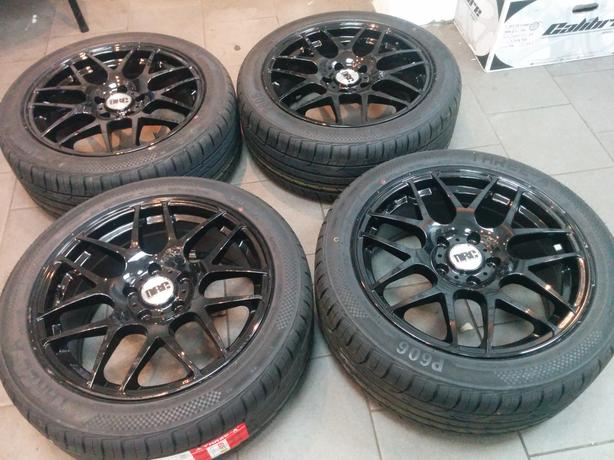 """VW T5 Van DRC Exile Gloss Black 18"""" Alloy Wheels and 245 45 18 Economy Tyres"""