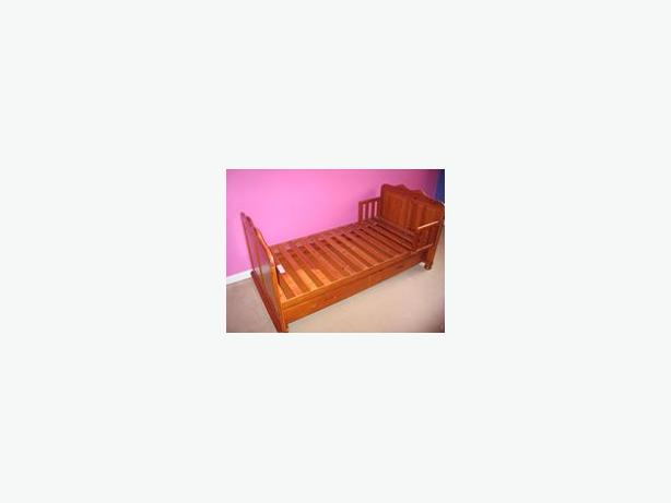 Tutti Bambini Wooden Toddler Bed with pull out drawer
