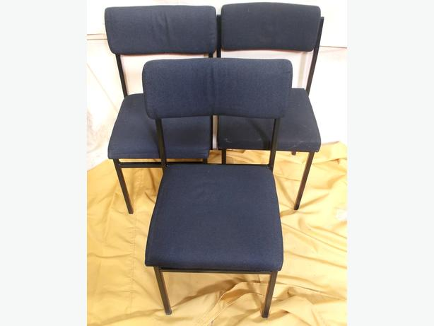Set of 3 Simular Office Waiting Room Chairs