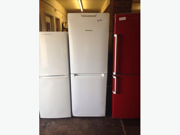 HOTPOINT FROST FREE FRIDGE FREEZER08