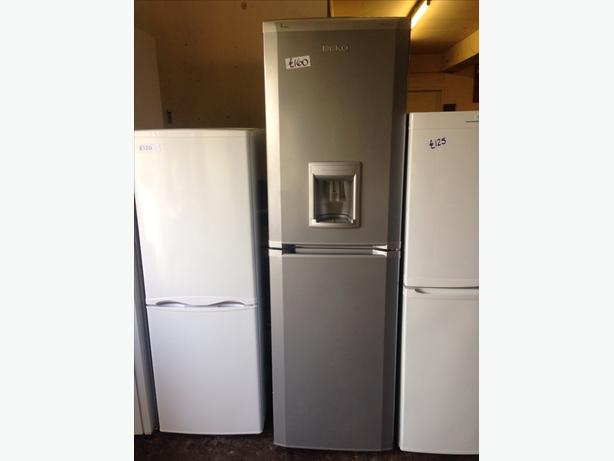 BEKO SILVER FRIDGE FREEZER FROST FREE08