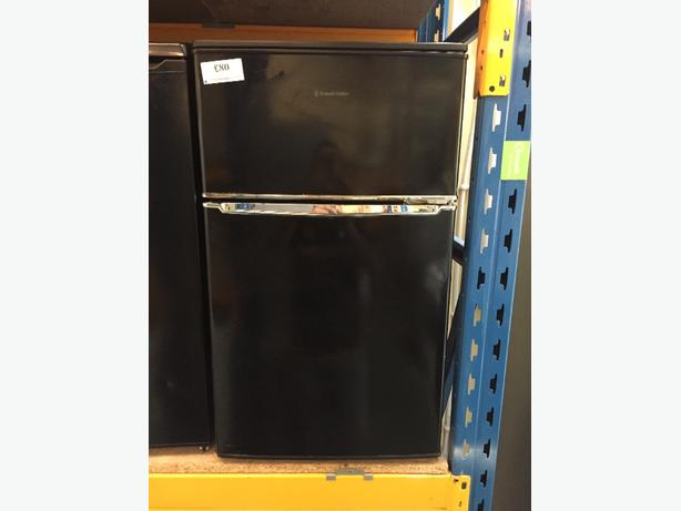 🚚🚚black russelhob fridgefreezer