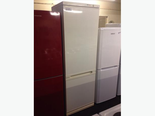 BEKO FRIDGE FREEZER029
