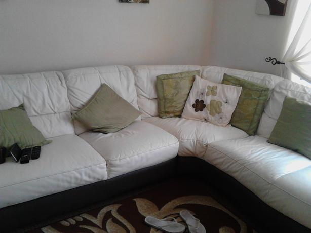 FOR-TRADE: (leather corner settee