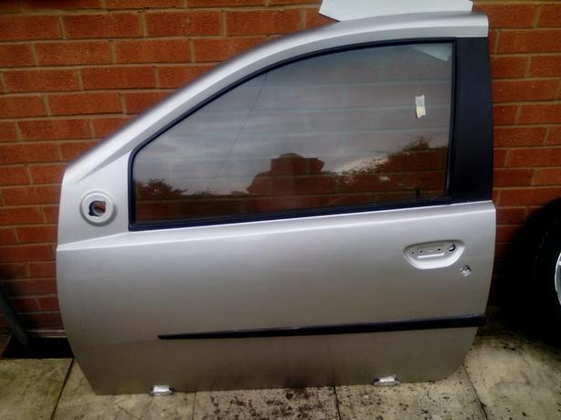 Fiat Punto Mk 2 front doors