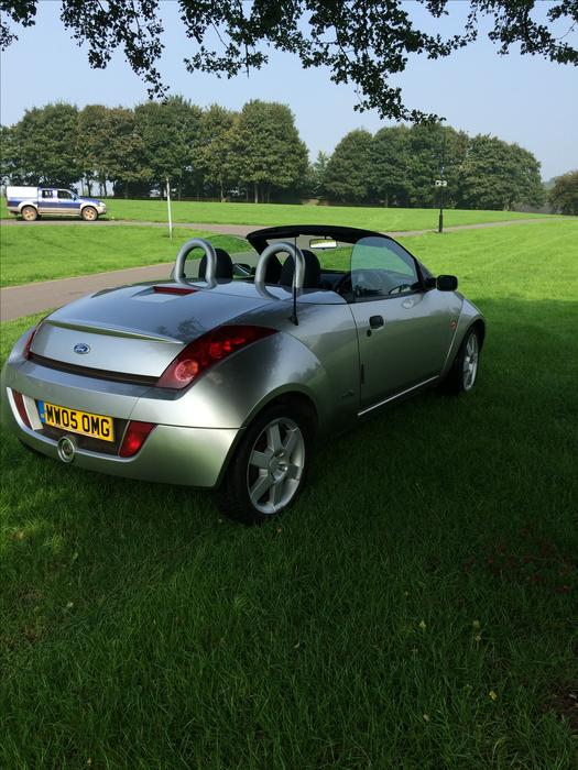 ford ka convertible streetka luxury fully loaded heated leather outside black country region dudley. Black Bedroom Furniture Sets. Home Design Ideas