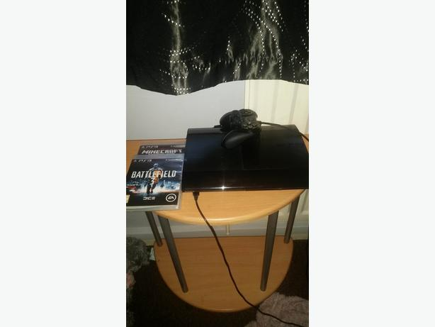ps3 superslim 500gb 3 games one pad