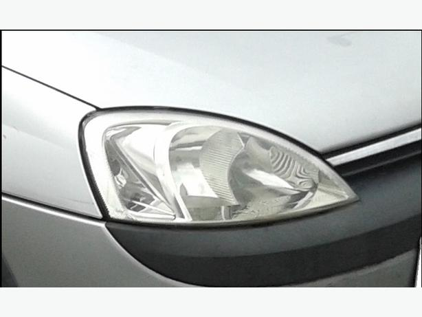 VAUXHALL CORSA C 2002  Drivers Side Headlight