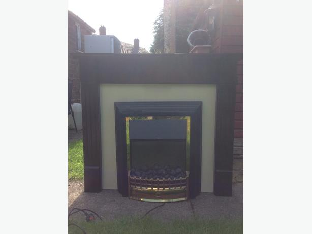 mahoghany fire surround and fire