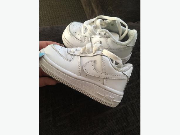 kids air force 1 trainers size 4.5