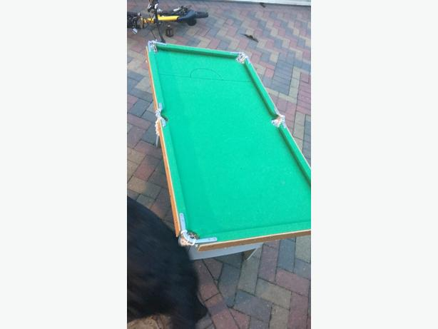 4 foot pool table