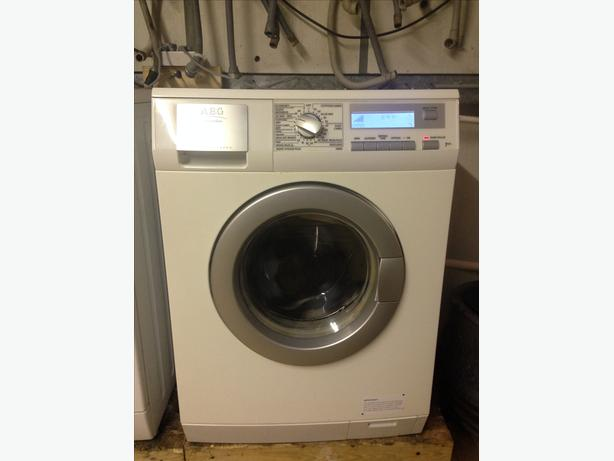 WOW!! AEG WASHER DRYER -7KG WITH GUARANTEE - EXCELLENT CONDITION