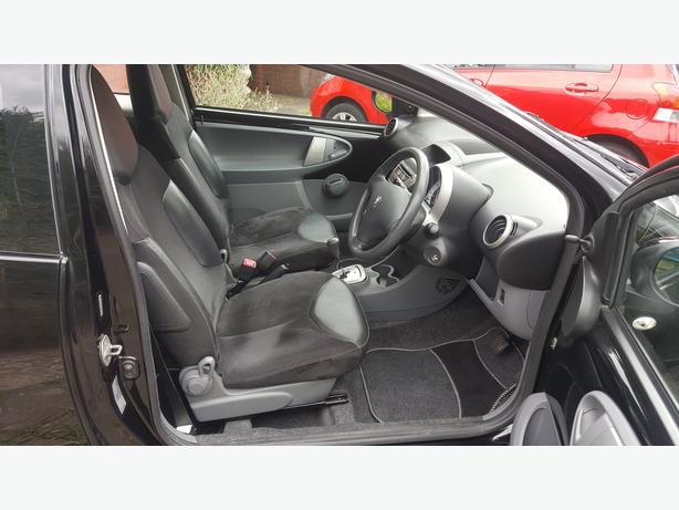 peugeot 107 citro n c1 toyota aygo leather interior dudley dudley. Black Bedroom Furniture Sets. Home Design Ideas