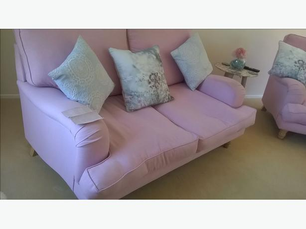 Pink Settee 2x2