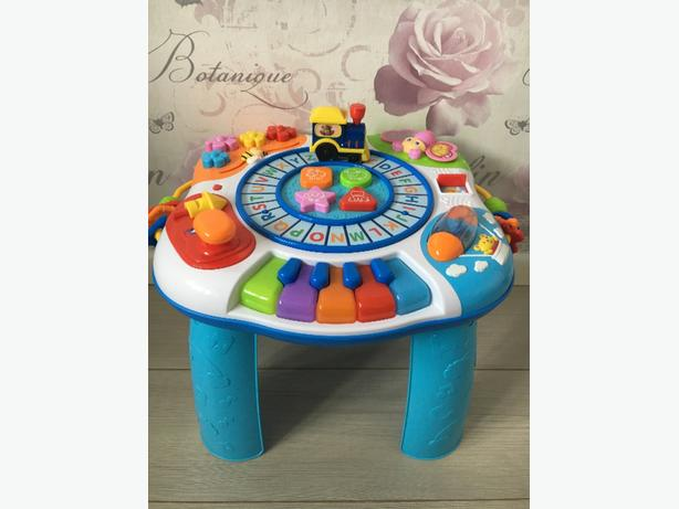 baby activy table
