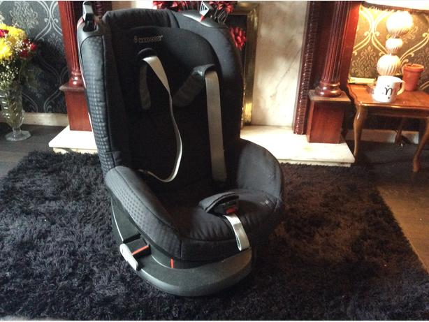 Maxi cost Car booster seat