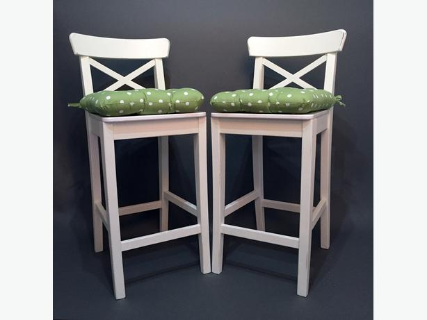 Cottage style shabby chic chairs