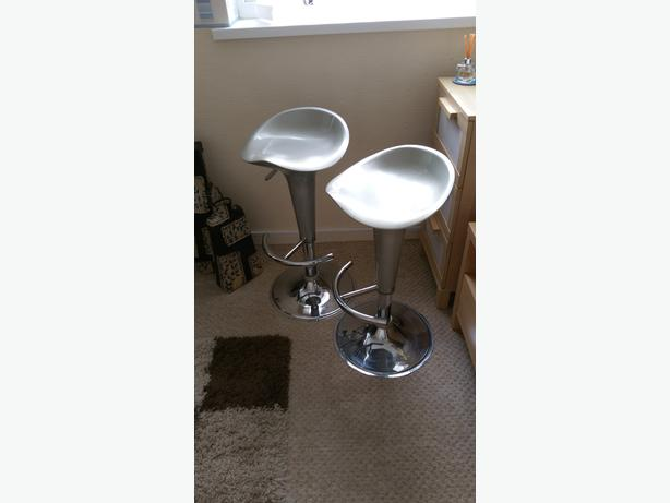 2 lovely chrome kitchen stools,rise and fall