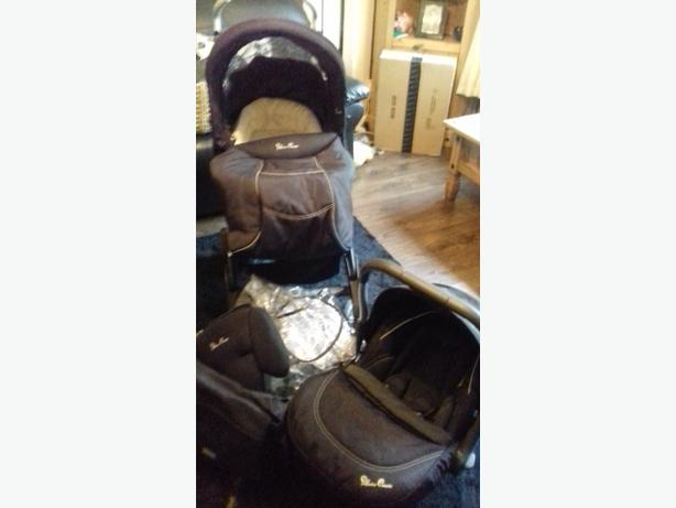 sliver  cross pram set