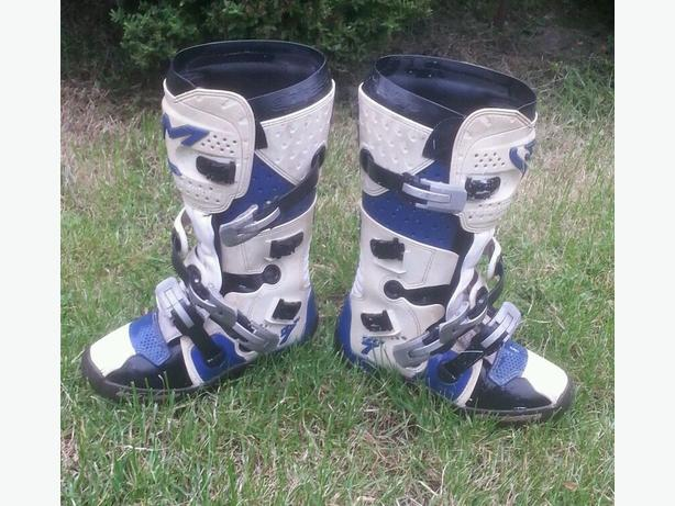 Motocross BOOTS WANTED